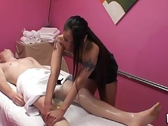 Gentle tugjob and oral pleasure performed during massage